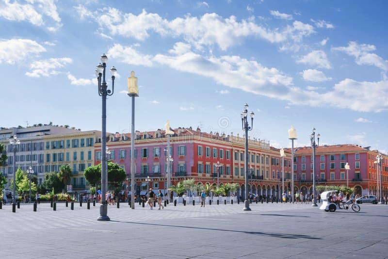 """Νίκαια, Provance, Alpes, υπόστεγο δ """"Azur, γαλλικά, στις 15 Αυγούστου 2018  Θέση Massena, ορόσημο της πόλης στοκ φωτογραφία με δικαίωμα ελεύθερης χρήσης"""