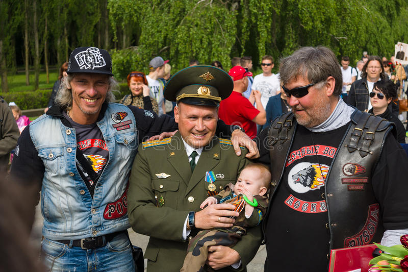 Νίκη ημέρα ( Στις 9 Μαΐου )  στο πάρκο Treptower Βερολίνο Γερμανία στοκ φωτογραφία