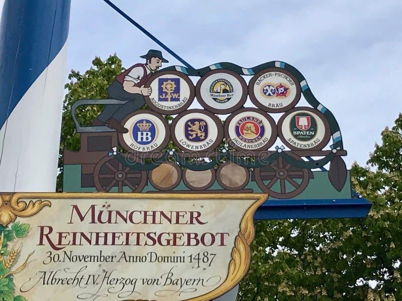 Ναι! Die Biere von München στοκ εικόνες