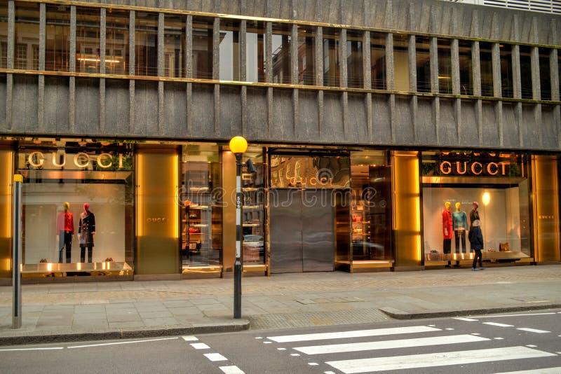 Ναυαρχίδα Knightsbridge Λονδίνο της Gucci στοκ φωτογραφία με δικαίωμα ελεύθερης χρήσης