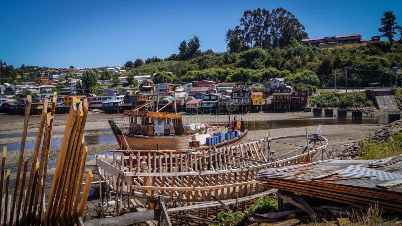 Ναυπηγείο και palafitos Chiloé στην πόλη Castro στοκ φωτογραφία με δικαίωμα ελεύθερης χρήσης