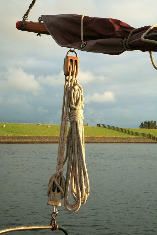 ναυσιπλοΐα σχοινιών βαρκών στοκ φωτογραφίες με δικαίωμα ελεύθερης χρήσης