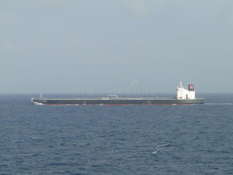 Ναυσιπλοΐα με τον ωκεανό του έξοχου βυτιοφόρου στοκ φωτογραφία με δικαίωμα ελεύθερης χρήσης