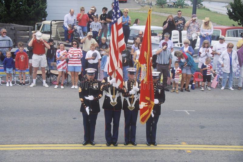 Ναυτικά στην παρέλαση στις 4 Ιουλίου, Cayucos, Καλιφόρνια στοκ φωτογραφία