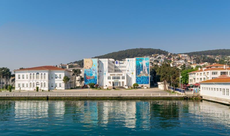 Ναυτικό γυμνάσιο στη Χάλκη στη θάλασσα Marmara, σημείο της Ιστανμπούλ, Τουρκία στοκ εικόνα