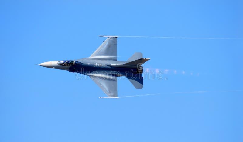 ναυτικό 14 φ που φθάνει στην ταχύτητα υπερηχητική στοκ φωτογραφία με δικαίωμα ελεύθερης χρήσης