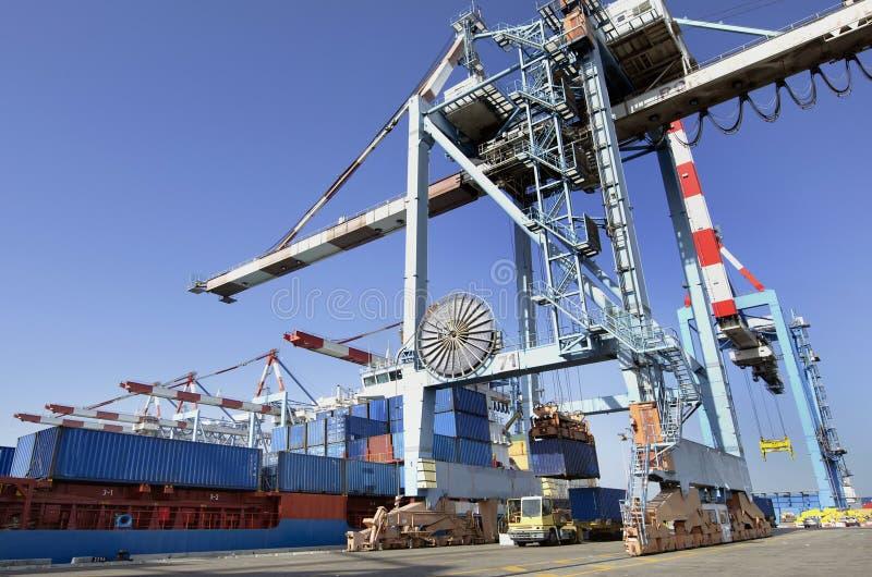 ναυτιλία θαλάσσιων λιμένων φορτίου φορτίου στοκ φωτογραφίες