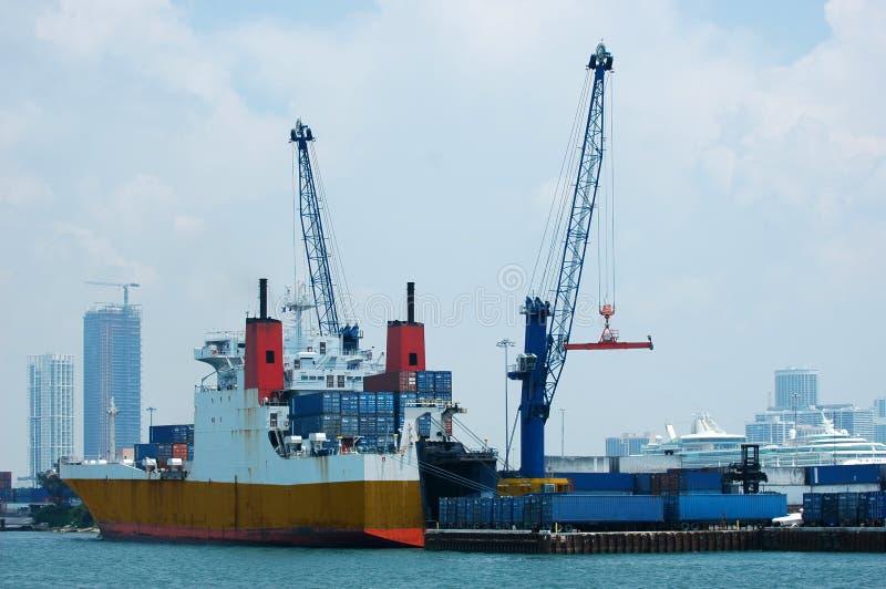 ναυτιλία φορτίου στοκ φωτογραφία με δικαίωμα ελεύθερης χρήσης