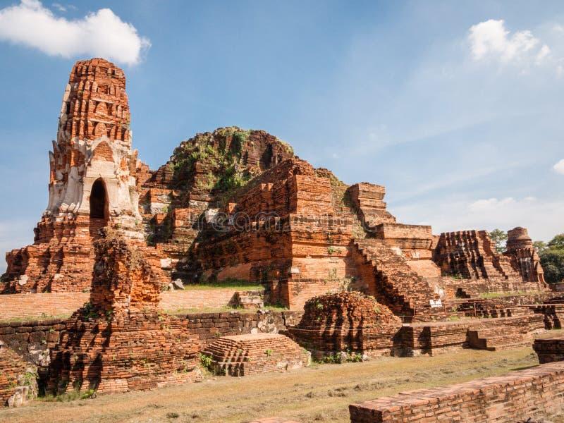 Ναός σύνθετος σε Ayutthaya, Ταϊλάνδη στοκ εικόνα