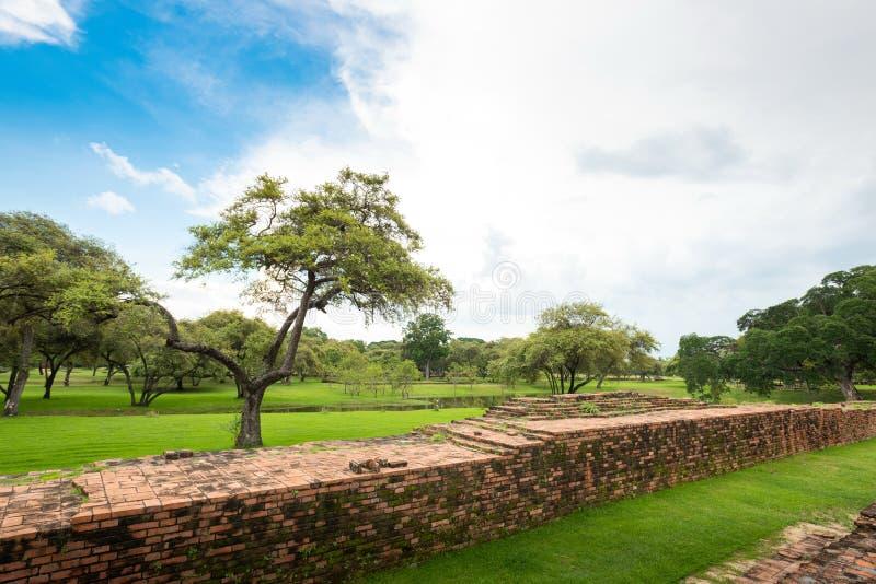 Ναός της Ταϊλάνδης - παλαιά παγόδα σε Wat Yai Chai Mongkhon, ιστορικό πάρκο Ayutthaya, Ταϊλάνδη στοκ φωτογραφία με δικαίωμα ελεύθερης χρήσης