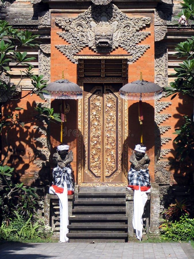 Download ναός του Μπαλί στοκ εικόνα. εικόνα από μάσκα, θεά, αριθμός - 383019