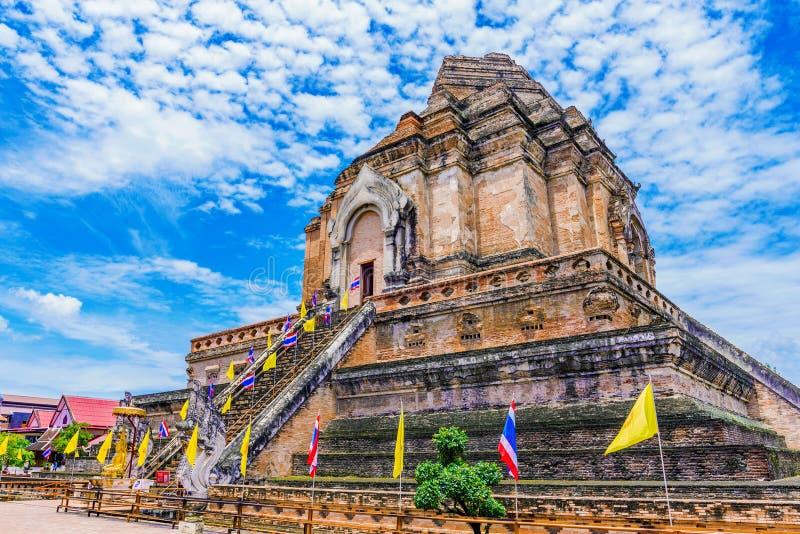 Ναός Chedi Luang Wat στοκ φωτογραφία