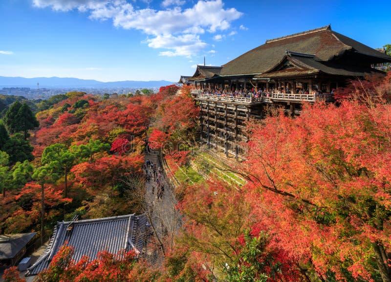Ναός dera Kiyomizu το φθινόπωρο, Κιότο, Ιαπωνία στοκ εικόνα με δικαίωμα ελεύθερης χρήσης