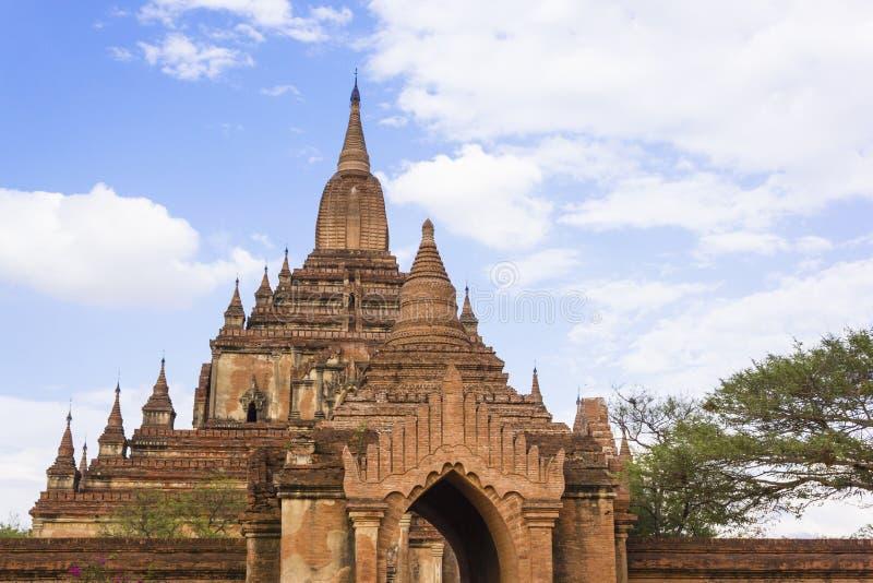 Ναός Htilominlo, Bagan το Μιανμάρ στοκ εικόνες