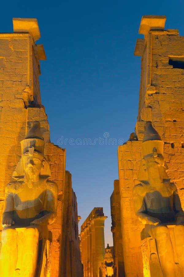 Ναός Luxor τη νύχτα. (Αίγυπτος) στοκ εικόνες