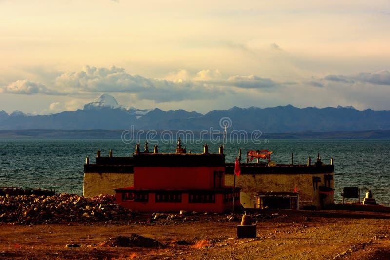 Ναός Manasarovar λιμνών του Θιβέτ στοκ φωτογραφίες με δικαίωμα ελεύθερης χρήσης