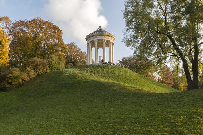 Ναός Monopterus στο Μόναχο, Γερμανία στοκ φωτογραφίες