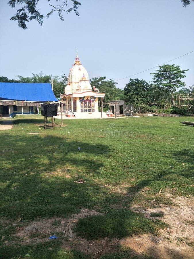 Ναός shiva Λόρδου σε ένα μικρό χωριό στοκ φωτογραφίες με δικαίωμα ελεύθερης χρήσης