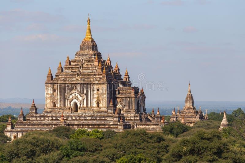 Ναός Thatbyinnyu, σε διάσημο Bagan στο Μιανμάρ στοκ εικόνα