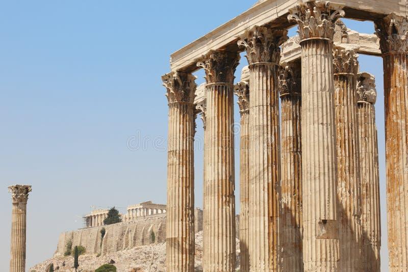 Ναός Zeus και της ακρόπολη στην Αθήνα Ελλάδα στοκ φωτογραφίες