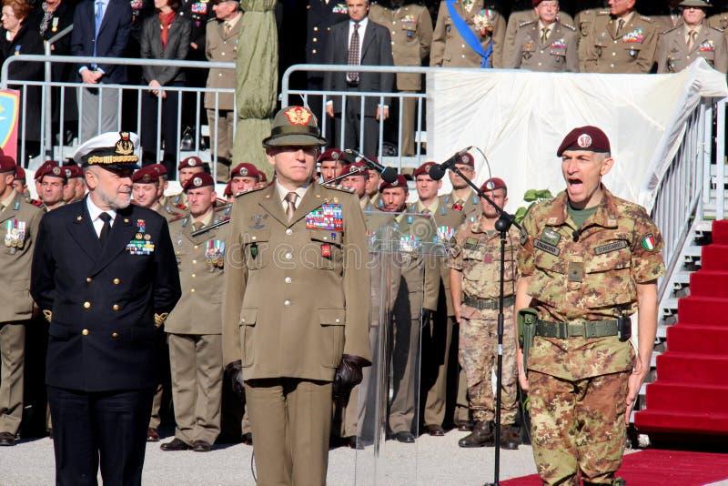Ναύαρχος Binelli Mantelli, στρατηγός Claudio Graziano, στρατηγός D'addario στοκ φωτογραφία με δικαίωμα ελεύθερης χρήσης
