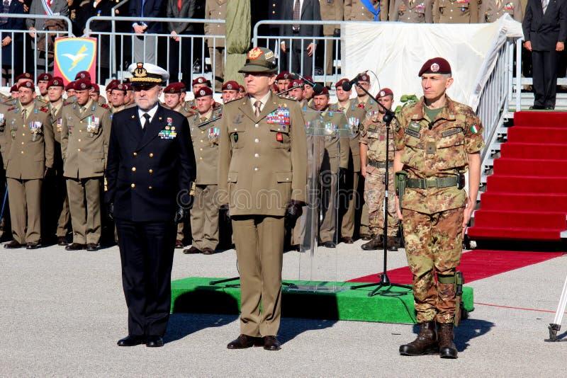 Ναύαρχος Binelli Mantelli, στρατηγός Claudio Graziano, στρατηγός D'addario στοκ εικόνα με δικαίωμα ελεύθερης χρήσης