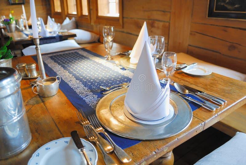 να δειπνήσει καθορισμέν&omicro στοκ εικόνα με δικαίωμα ελεύθερης χρήσης