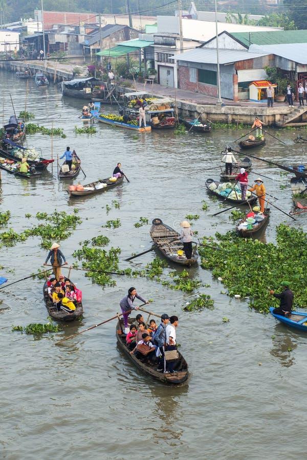 Να επιπλεύσει Nam Nga αγορά το πρωί στοκ εικόνες
