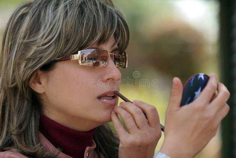Download να ισχύσει makeup στοκ εικόνα. εικόνα από μοιχείας, εφαρμόζουν - 104565