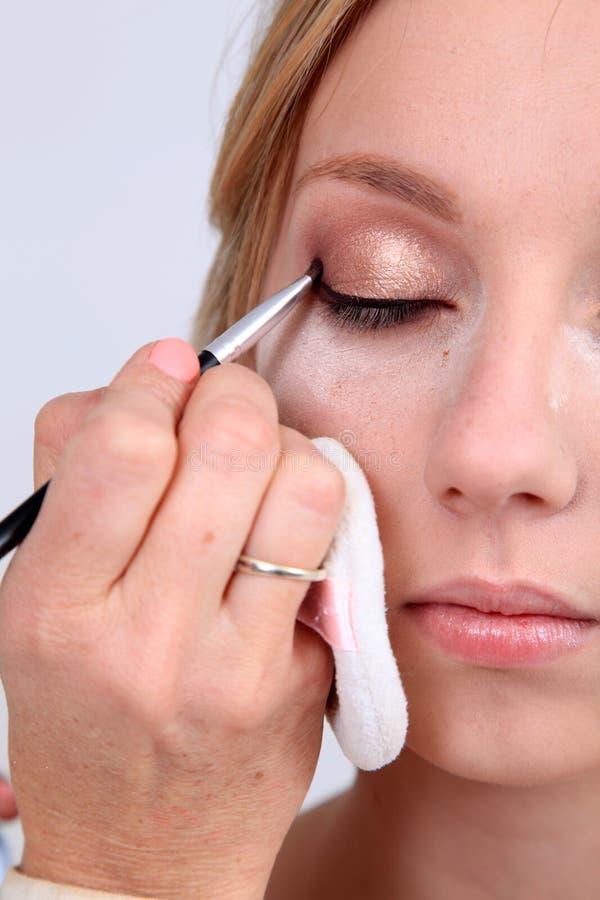 να ισχύσει makeup στοκ εικόνες