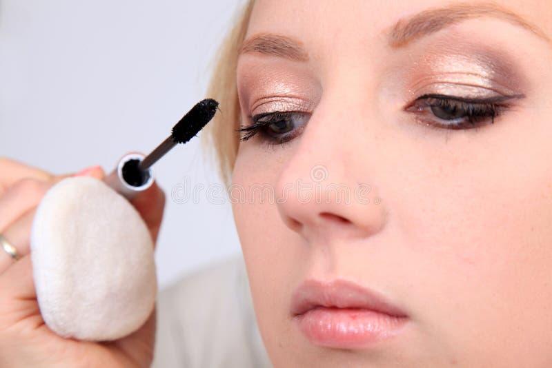 να ισχύσει makeup στοκ φωτογραφίες