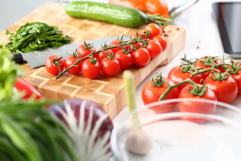 Να κάνει δίαιτα φυτική αφθονία συστατικών σαλάτας στοκ εικόνες