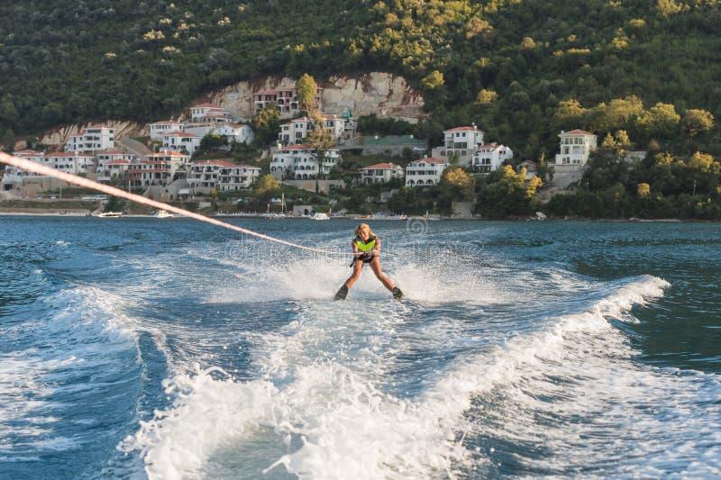 Να κάνει σκι νερού στοκ εικόνες