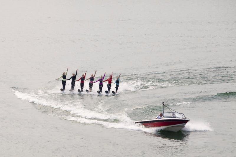 Να κάνει σκι ύδατος γυναικών στοκ φωτογραφία με δικαίωμα ελεύθερης χρήσης