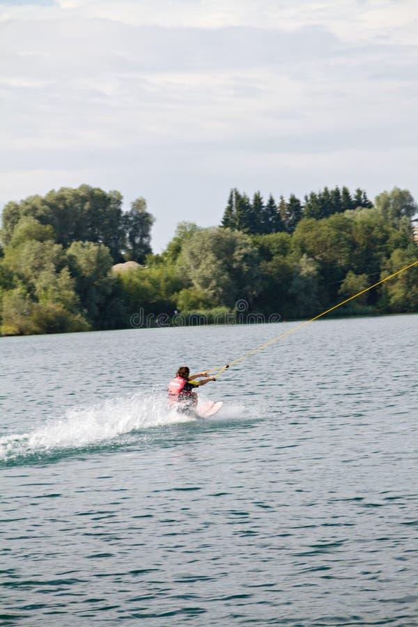 Να κάνει σκι ύδατος στοκ φωτογραφία με δικαίωμα ελεύθερης χρήσης
