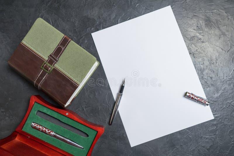 Να προετοιμαστεί να γραφτεί η θέληση Θέση για το κείμενό σας στοκ εικόνα