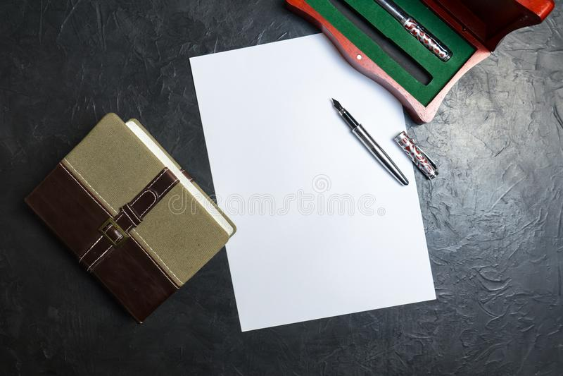 Να προετοιμαστεί να γραφτεί η θέληση Θέση για το κείμενό σας στοκ εικόνες