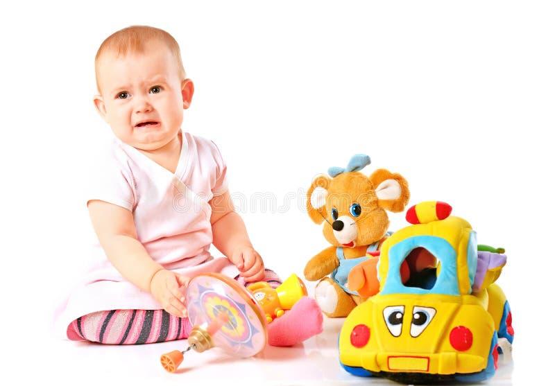 Να φωνάξει λίγο μωρό μικρών παιδιών στοκ εικόνες