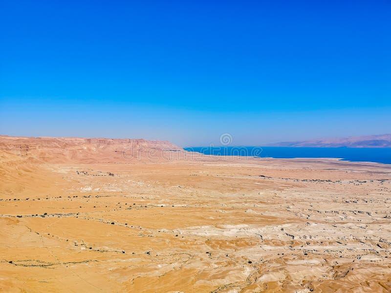 Νεκρή άποψη θάλασσας από Masada στοκ εικόνες