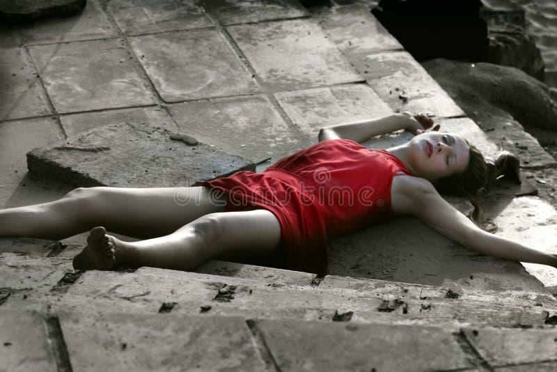 νεκρή γυναίκα τόπου εγκλήματος στοκ φωτογραφίες