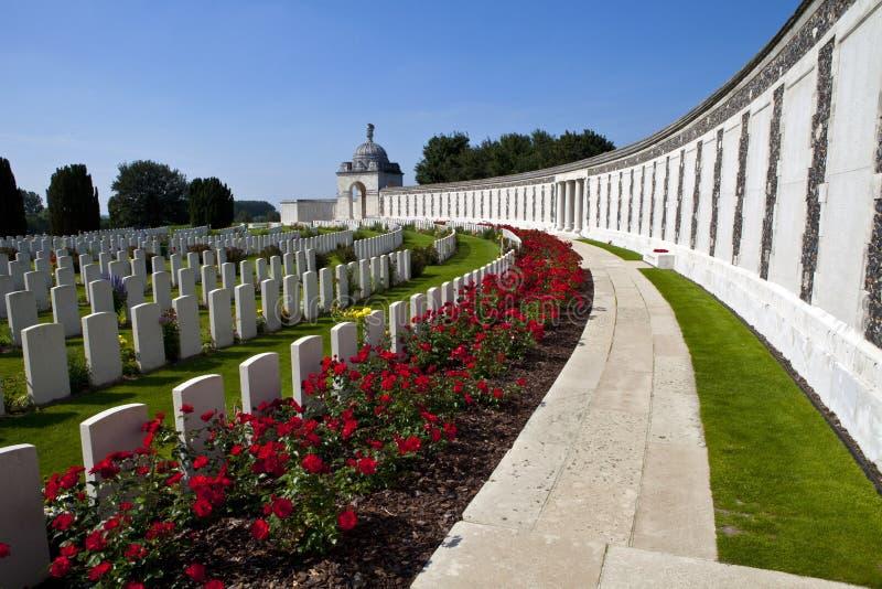 Νεκροταφείο κουνιών Τάιν σε Ypres στοκ εικόνες