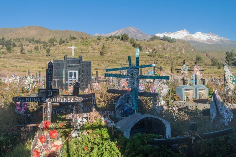 Νεκροταφείο στο χωριό Cabanaconde στοκ εικόνες