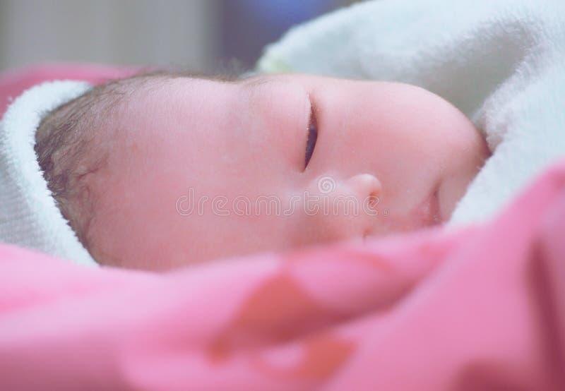 Νεογέννητο μωρό στοκ εικόνες με δικαίωμα ελεύθερης χρήσης