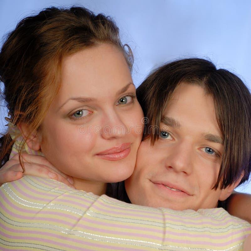 νεολαίες αγάπης στοκ εικόνες με δικαίωμα ελεύθερης χρήσης