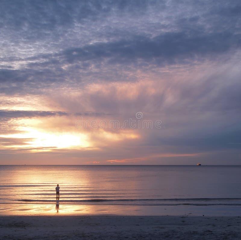 νεολαίες ανατολής θάλασσας ατόμων στοκ εικόνες με δικαίωμα ελεύθερης χρήσης