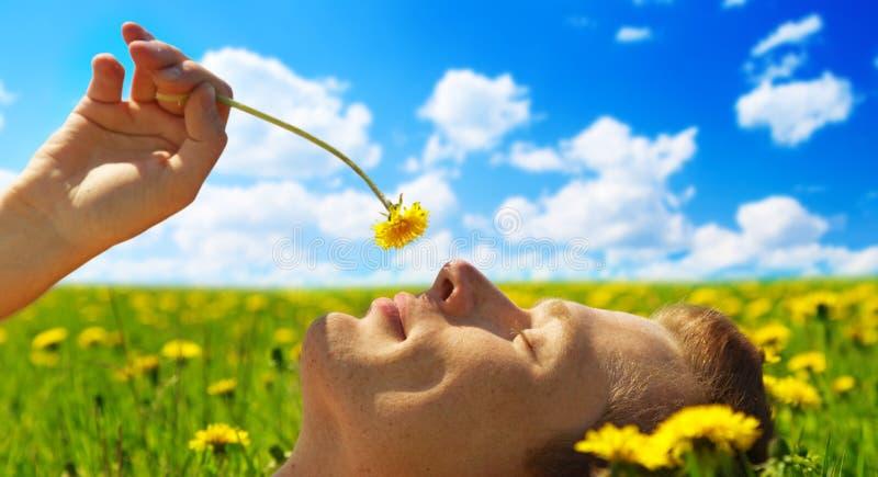 νεολαίες ατόμων λουλο&u στοκ εικόνα με δικαίωμα ελεύθερης χρήσης