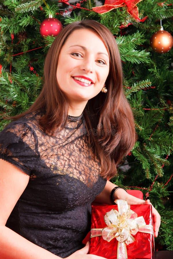 νεολαίες γυναικών δώρων &ka στοκ εικόνες με δικαίωμα ελεύθερης χρήσης