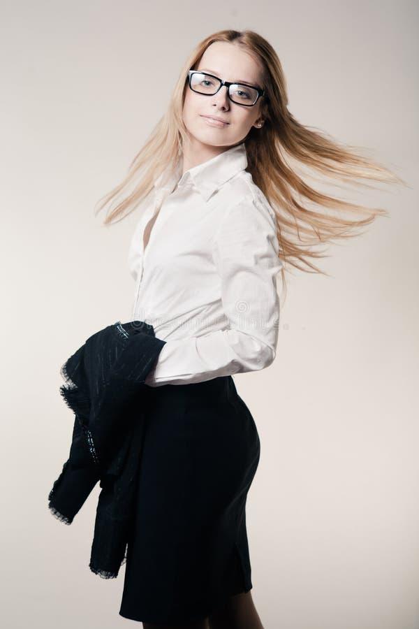 νεολαίες επιχειρησιακής χαριτωμένες κυρίας στοκ εικόνα