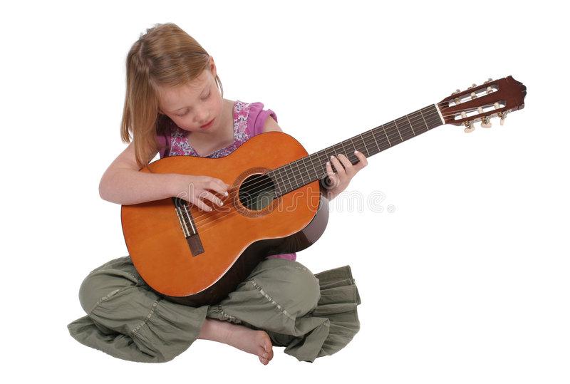 νεολαίες κιθάρων κοριτ&sig στοκ φωτογραφίες με δικαίωμα ελεύθερης χρήσης