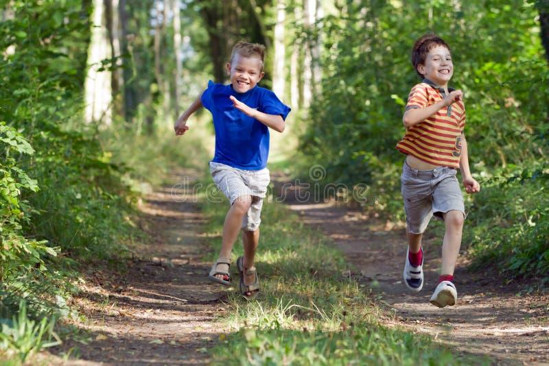 νεολαίες παιδιών στοκ φωτογραφίες με δικαίωμα ελεύθερης χρήσης